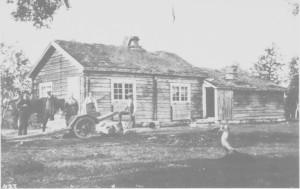 Nedal turisthytte i 1917. Den ble påbygd senere. I dag ligger hytteområdet under Nesjøen.