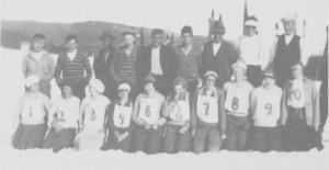 Fra et parrenn på Aune 12. april 1931. Etter rennet var det fest og premiering.