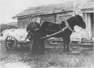 Ingebrigt Pedersen Løvøen med buføringslass ved Grønsjøvollen.
