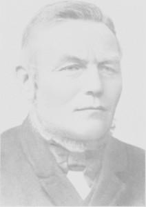 Nils Pedersen Svelmo (1850—1912) var Tydals første ordfører. Han hadde før 1901 vært med i fellesstyret for Selbu og Tydal og fikk etter hvert mange kommunale verv. Dessuten var han også lappelensmann.