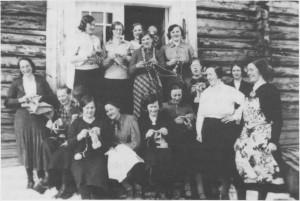 Sanitetsmøte på Høgli i Østby i slutten av 1930-åra.